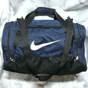 GUC Nike Sport Duffel Bag With Shoulder Strap